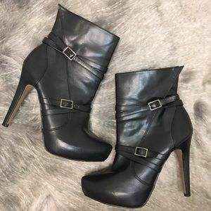 R&R | women's stiletto boots booties size 9